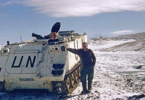 Günther Wieser (stehend) als Truppenkommandant bei seinem Einsatz in den Jahren 1978/79 am Golan. UN