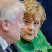 Merkel unterstützt Seehofer