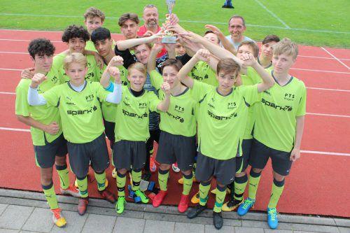 Jubel bei den Poly-Schülern aus Bregenz. Sie vertreten nach dem Landessieg Vorarlberg nun bei der Bundesmeisterschaft.Moosbrugger