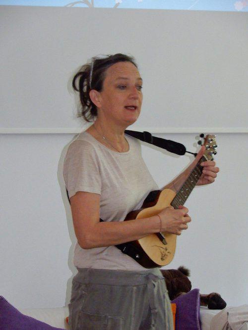 Kinderbuchautorin Astrid Walenta war zu Gast in der VS Markt. cth