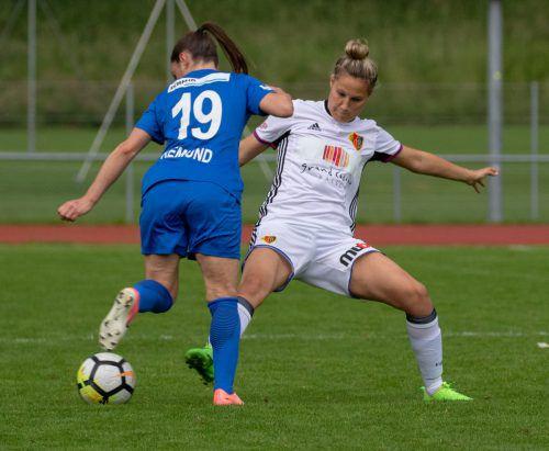 Nach der Enttäuschung mit der Niederlage bei Luzern kann Sabrina Horvat (rechts) ob der Teameinberufung schon wieder lachen.hepberger
