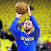Curry greift wieder ins Geschehen ein