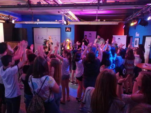 Ohne Tabak feierten die Jugendlichen in der Culture Factory Y. OJAL