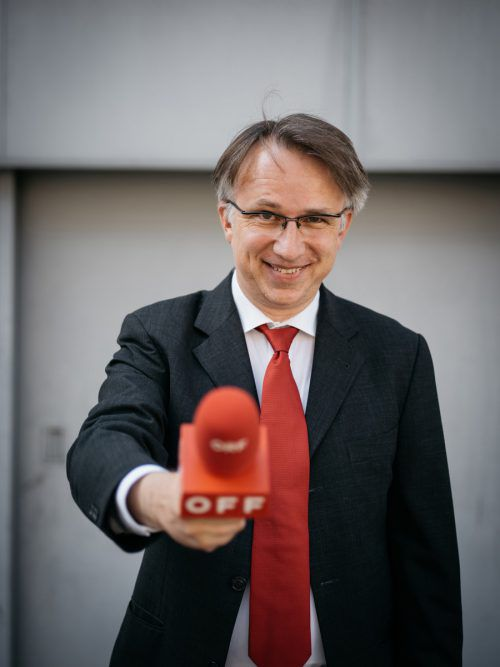 """Peter Klien ist Gag-Schreiber für """"Willkommen Österreich"""" und präsentiert mit """"Reporter ohne Grenzen"""" sein viertes Kabarettprogramm. Ingo Pertramer"""