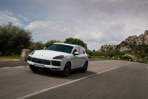 Porsche Cayenne E-Hybrid: Power, die man kaum ablehnen kann.werk