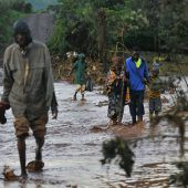 Vermisstensuche nach Dammbruch in Kenia