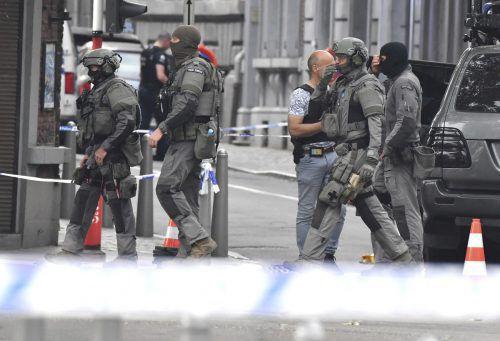 Spezialkräfte der Polizei sichern den Tatort. Belgien war in der Vergangenheit das Ziel mehrerer Terrorattacken. AP