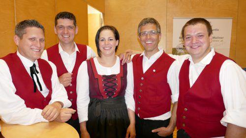 Steve Mayr (l.), Günter Summer, Doris Mittelberger, Christian Peter u. Alexander Nachbaur. SAN