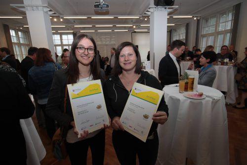 Theresa Seitlinger und Selina Rederer.