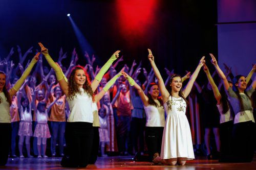 """Über 70 Kinder und Jugendliche sind beim Musical """"Future Stars"""" auf der Bühne des Festspielhauses in Bregenz am 26. Mai zu sehen. Kisi"""