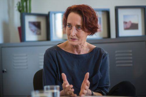 """Ulrike Furtenbach sprach kürzlich in Nüziders zum Thema """"Gewalt gegen ältere Menschen erkennen und benennen"""". VN/Steurer"""