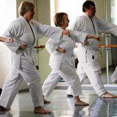 Mit Schwung ins aktive Alter: Karate für Senioren
