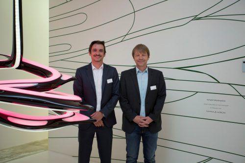 ZGS-Mann Herwig Burtscher (l.) und Helmut Burtscher (VKW) stellten die beiden Partner und das Contracting im Lichtforum vor.VN/Paulitsch