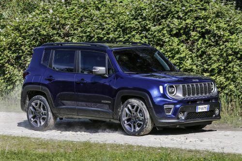 Ab September ist der Jeep Renegade mit 1,0-l-Dreizylinder- und 1,3-l-Vierzylinder-Benziner zu haben.Werk