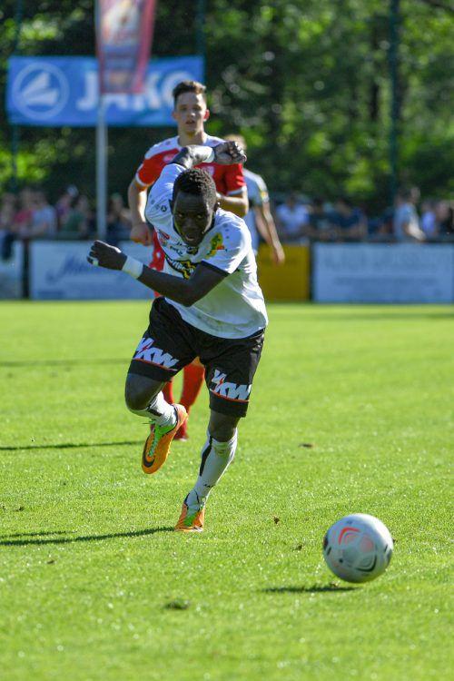 Altach-Testspieler Fahad Bardiro zeigte im Match gegen den FC Egg seine Antrittsschnelligkeit und steuerte beim 6:0-Sieg auch einen Treffer bei.GEPA