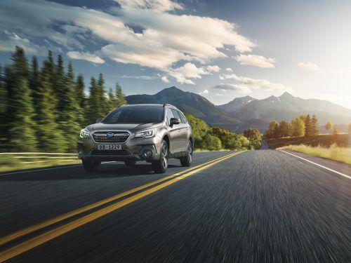 Auch in der aktualisierten Version hat der Subaru Outback die gewohnte Hemds-ärmeligkeit behalten, das Sicherheitsassistentenprogramm wurde ergänzt.