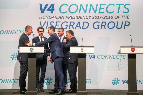 """Auch Kanzler Kurz war zu dem Visegrad-Treffen nach Budapest gereist. Dabei betonte er die """"Brückenbauer""""-Funktion Österreichs. AFP"""