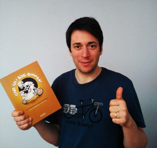 Autor Eric Poscher-Mika wird im Weltladen Bludenz lesen. Poscher-Mika