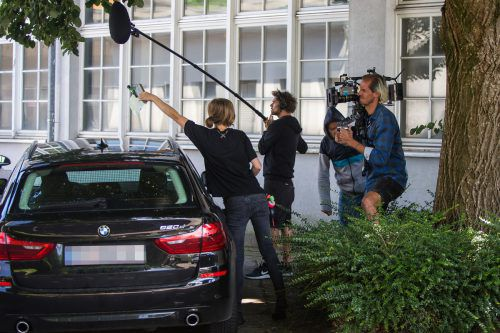 Das 35-köpfige Filmteam hatte alle Hände voll zu tun.