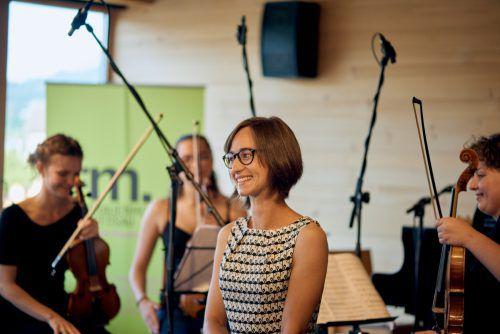 """Das Hilde Domin Quartett hat das Werk """"Himmelsrichtung"""" von Raphaela Fröwis (25) präsentiert. Victor Marin"""