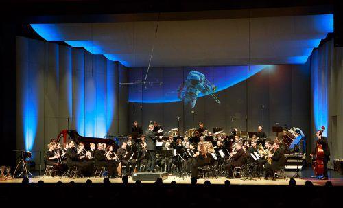 Das Sinfonische Blasorchester öffnet mit seinem Konzert einen weiten Gedankenhorizont. sbv