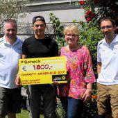 Hobby-Kicker spenden 1800 Euro