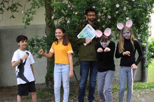 """Die Schülerinnen und Schüler der Musikklassen haben in den letzten Monaten mit viel Einsatz das Singspiel """"Der Rattenfänger von Hameln"""" produziert und eingeübt, welches sie nun öffentlich präsentieren.veranstalter"""