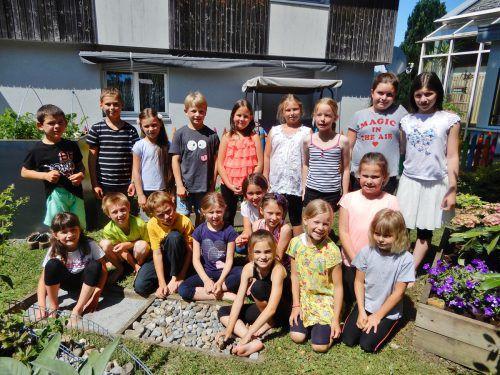 Die Winsauer Volksschüler freuen sich über ihren Schulgarten. cth