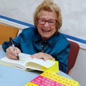 Amerikas bekannteste Sex-Therapeutin Dr. Ruth wird 90