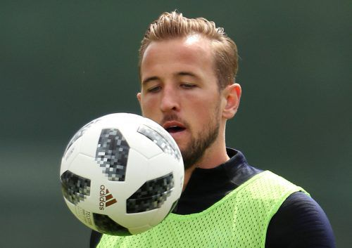 Englands Stürmer Harry Kane glaubt an Sieg über Tunesien – und an WM-Titel.reu