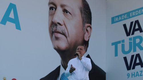 Erdogan befindet sich mitten im Wahlkampf. rEUTERS