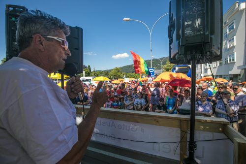 Erich Zucalli fordert die Umsetzung der Menschenrechte ein.