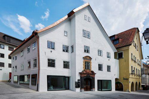 Erstrahlt zum 200. Geburtstag von Getzner in neuem Glanz: Das Stadthaus 38, in dem der Gründungsvertrag von Getzner, Mutter & Cie unterzeichnet wurde. PI