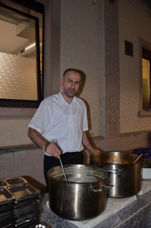 Fastenbrechen mit Aydemir Yasar. hrj