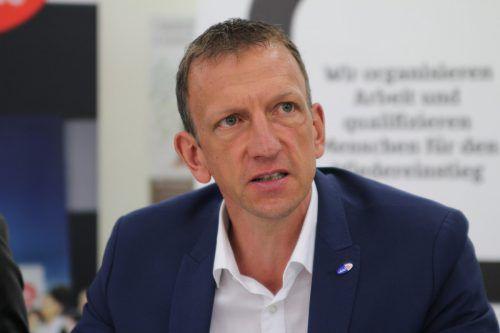 """AMS-Chef Bereuter: """"Jetzt intensiv nach neuer Arbeitsstelle suchen."""" VN/RAU"""