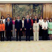 Elf Ministerinnen in neuer Regierung Spaniens