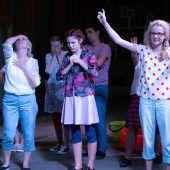 Die Kindheit ist Thema einer berührenden Theaterproduktion in Lustenau. D4