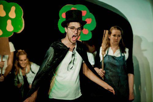 Für die Märchenoper stehen die jungen Sängerinnen und Sänger aus der Gesangsklasse von Dora Kutschi auf der Bühne.viktor martin/VLK-TAS