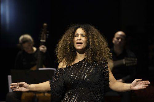 Gesangskünstlerin Ghalia Benali aus Tunesien. sebastian Bolesch