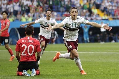 """Javier Hernandez erzielte gegen Südkorea seinen 50. Treffer als mexikanischer Nationalspieler. Dennoch braucht """"El Tri"""" noch einen Zähler für den Aufstieg ins Achtelfinale.ap"""