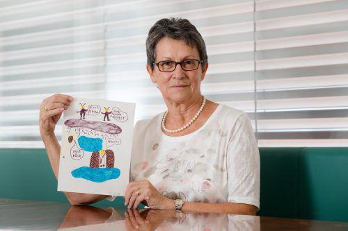 Johannas Zeichnungen erinnern Valentina Baur an die schwere Zeit. stiplovsek