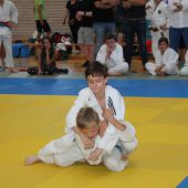 Judokas warfen sich mächtig ins Zeug
