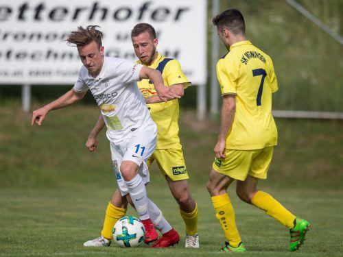 Kevin Prantl (v.) und sein Team hoffen auf den Aufstieg in die Vorarlbergliga.VN-Sams