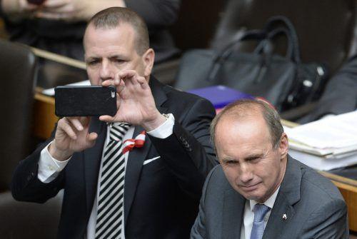 Konträre Politiker: Die EU-Mandatare Harald Vilimsky (l.) und Otmar Karas. APA