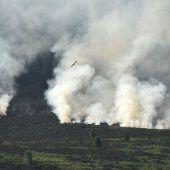 Moorlandschaft in Flammen