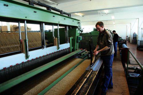 Mellau Teppich hat sich auf die Produktion von Teppichen aus hochwertigsten Fasern spezialisiert. Firma