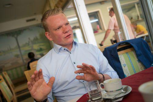 """""""Mit mir könnten Sie auch über 160 km/h auf der Autobahn reden"""": Christof Bitschi zu Tests von Verkehrsminister und Parteifreund Norbert Hofer. Lerch"""