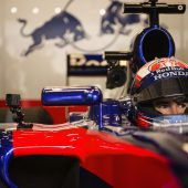 Hamilton eher sicher, Ricciardo pokert