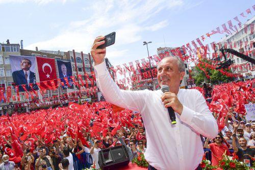 Muharrem Ince, Kandidat der kemalistischen CHP, begeistert jene, die genug von Erdogan haben.AP