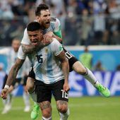 Ein Verteidiger rettet Argentinien